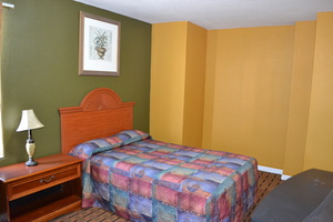 1 BED Accessible Room Picture 1